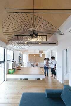 北欧家具が似合う、シンプルで暮らしやすい建築家住宅