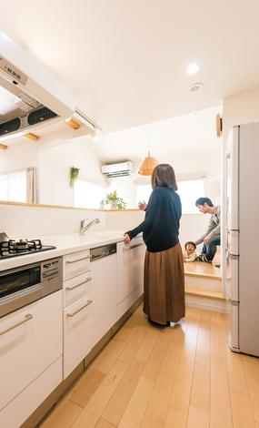 芹工務店 ダイニング~キッチン~バスルームと水回りを集約し、家事動線を最短に