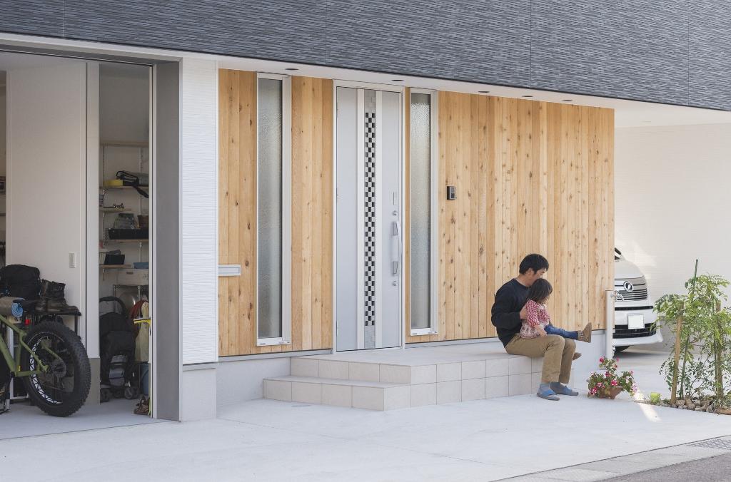 R+house 浜松中央(西遠建設)【趣味、ガレージ、建築家】限られた空間に広さと開放感を演出するため、K邸にはさまざまな工夫が施されていた