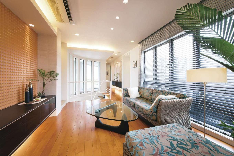 デザインハウス【浜松市南区青屋町400・モデルハウス】廊下のようなセミオープンのファミリールームは、第2のリビングとして活躍
