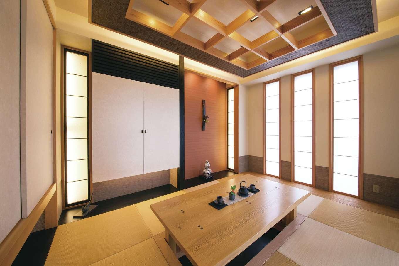 デザインハウス【浜松市南区青屋町400・モデルハウス】ゲストルームにもなるモダンな和室。掘りごたつに座り、中庭の水盤の音に耳を傾けリラックス
