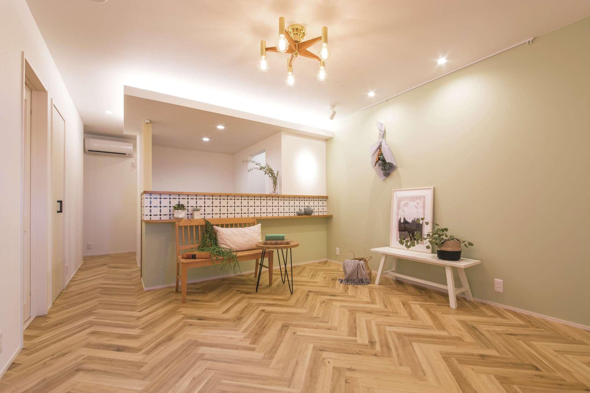 コットンハウス【省エネ、間取り、趣味】『コットンハウス』は店舗建築の実績も豊富なため、「安心して任せられました」と奥さま。リラクゼーションスペース「PRimA・Classe(プリマ・クラッセ)」は、今年9月から移転・オープン