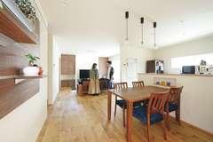 住み始めてから実感する 自然素材が心地のよい家