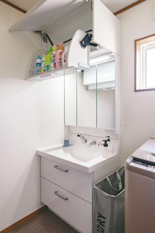 洗面室に収納を確保するため、収納付き洗面台を選んだ