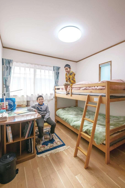 興友ハウス【子育て、間取り、狭小住宅】2人ともまだ幼いので、子ども部屋は共用