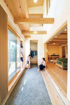 パッシブデザイン+全館空調でさらに心地よい「雨楽な家・爽」