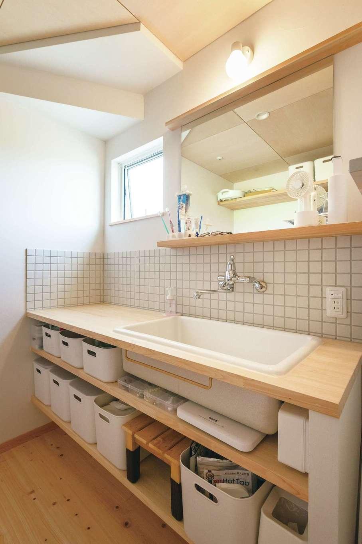造作洗面台はデザイン性と機能性が魅力
