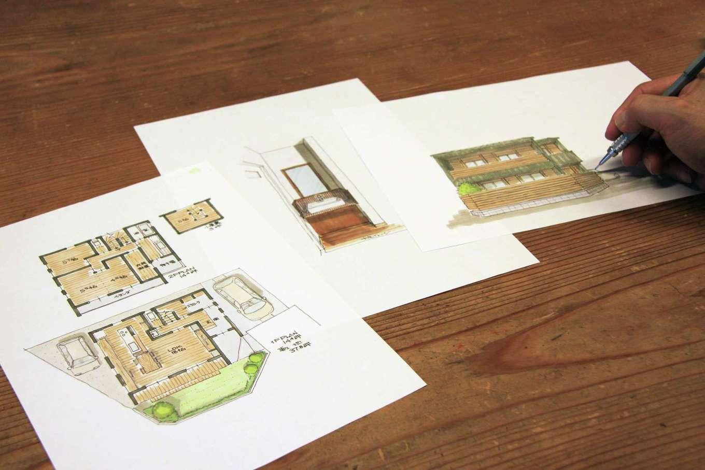 瀧建設 一級建築士事務所【デザイン住宅、自然素材、狭小住宅】フリーハンドのスケッチで提案するのが瀧社長のスタイル