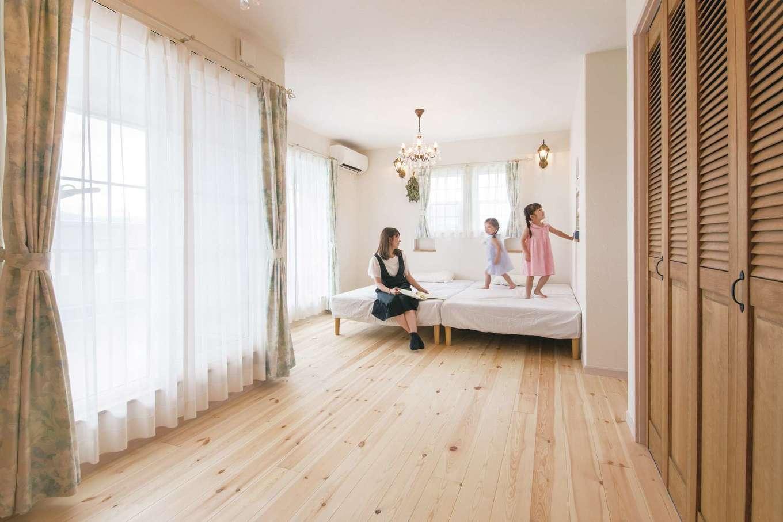 富士ホームズデザイン【デザイン住宅、子育て、インテリア】将来的に間仕切りできる主寝室と子ども部屋