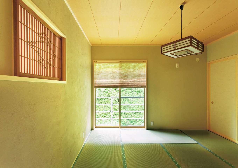 ほっと住まいる|緑の借景を楽しみながら、ゆったりとくつろげる和室は、家族にとって自慢の一室