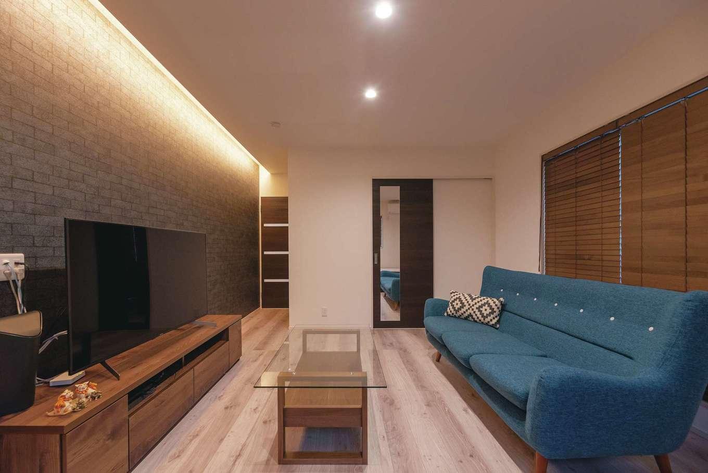 HOUSE PLAN(R+house沼津・伊東)【デザイン住宅、二世帯住宅、省エネ】2階に2室ある子ども部屋。間接照明のやわらかな光がぬくもりを添える