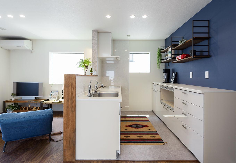 キッチンは奥さまのセンスで、カッコよくて清潔感のあるイメージに