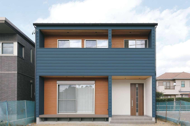 誠一建設 【デザイン住宅、省エネ、間取り】ガルバリウム鋼板×塗り壁×サイディングの組み合わせがモダンな外観