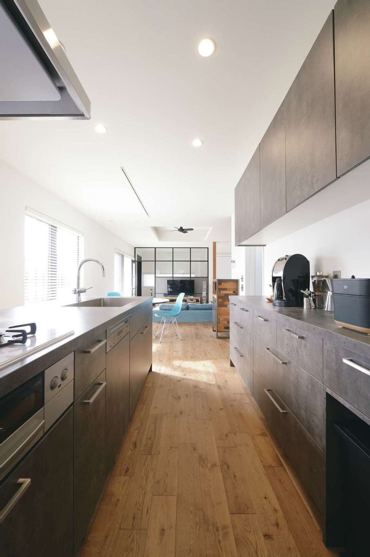 MABUCHI【デザイン住宅、狭小住宅、建築家】「GRAFTEKT」のキッチンがインテリアの主役