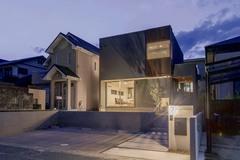住宅密集地でも自分らしく暮らせるデザイン住宅