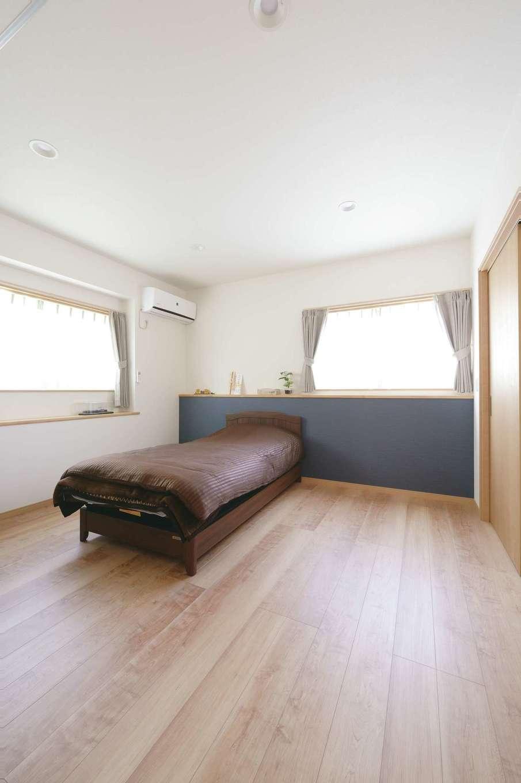 孤立していた1階北側のキッチンは、ご主人が落ち着く主寝室に。大きなウォークインクローゼットも備えた