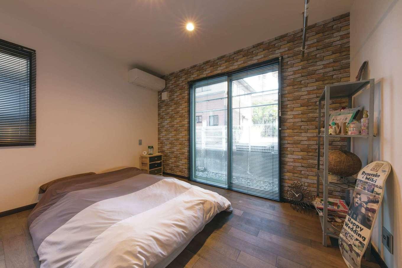 ユニバーサルホーム(藤枝・静岡南・清水)【デザイン住宅、趣味、省エネ】パブリックとプライベートをきっちり分け、1階で生活が完結するプランニング。ここも床暖でポッカポカ