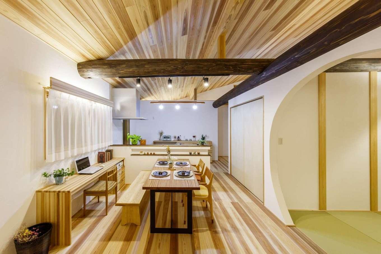 KANAZAWA STYLE/金澤建築【自然素材、平屋、ガレージ】業界トップクラスの気密性と地中熱利用の24時間換気システムにより、家中どこにいても温度差がなく、空気はいつもきれい