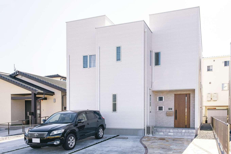 アフターホーム【1000万円台、デザイン住宅、子育て】30年美しさが持続する高性能の外壁塗装をセレクト