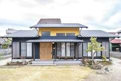 先代の家を未来に受け継ぐ 暮らしに寄り添う和の平屋