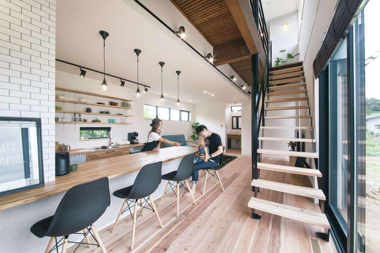 小幡建設【デザイン住宅、省エネ、間取り】カフェのようなオープンキッチン
