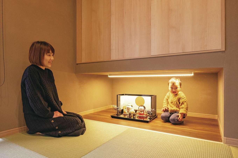 橋本組 ~つむぐ家~【間取り、デザイン住宅、省エネ】照明を仕込んだひな人形専用空間。今はおもちゃを収納するスペースとしても活用