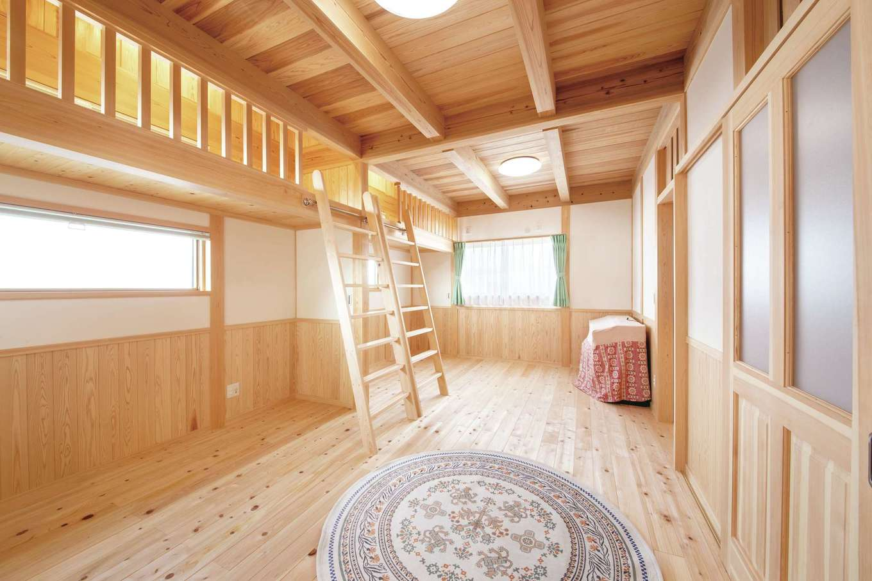 住まい工房 整建【デザイン住宅、和風、自然素材】子ども部屋は大きなロフト付きで開放感いっぱい!