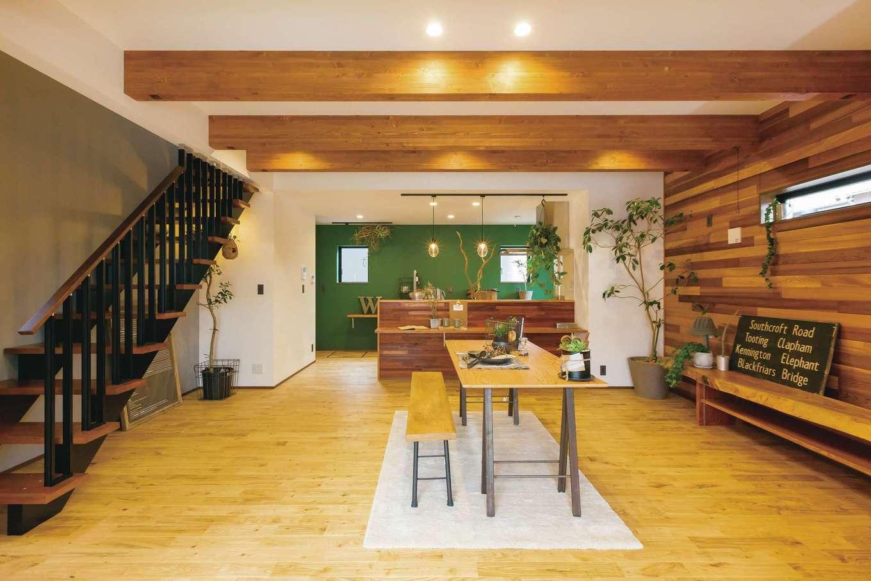 タツミハウジング【デザイン住宅、狭小住宅、間取り】1階は土間とLDKだけで広々とした空間を確保