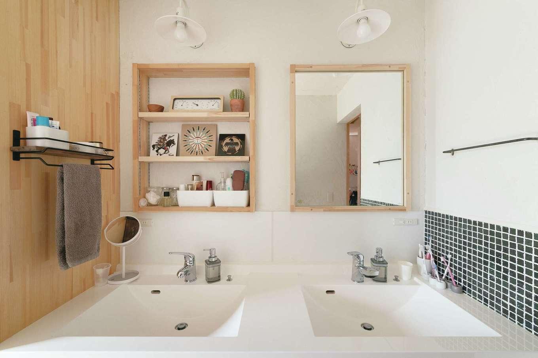 Casa(カーサ)【子育て、間取り、平屋】7人家族の朝はバタバタ。洗面台は2つ用意