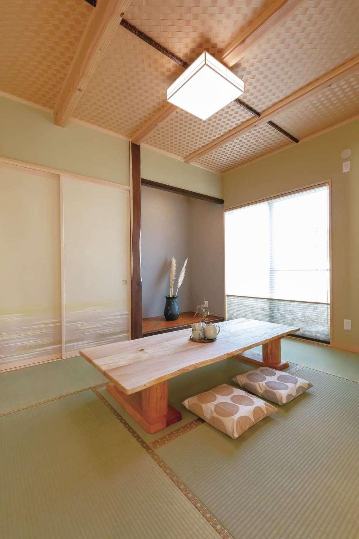 住まいるコーポレーション【デザイン住宅、自然素材、間取り】和室は玄関の正面にあるので、LDKを通らず直接ゲストを招き入れることができる