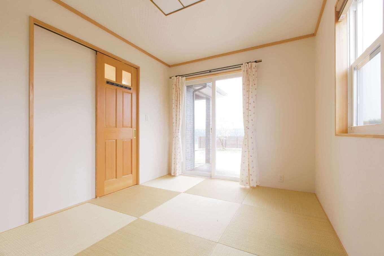 セルコホーム浜松(オバタケイ)【デザイン住宅、輸入住宅、省エネ】奥さまの希望で和室を用意。ゲストルームなど多様に活躍