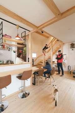 つながり、ママ楽、デザインも!猫もうれしいヒノキと土間の家