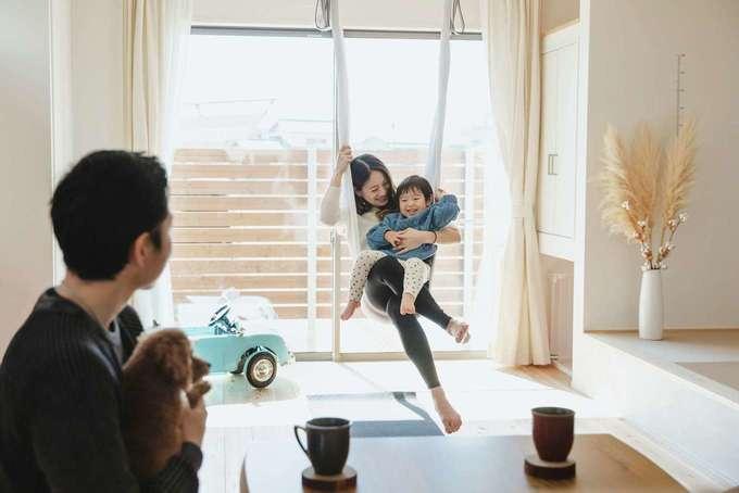 フジモクの家(富士木材)|光と風に包まれながら、丁寧に紡いでいく家族の時間。笑顔が穏やかに連鎖する日常が心地良い