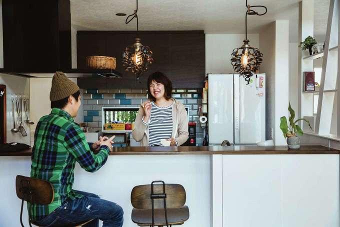 tonokEn|コーヒーを入れて旦那さんとゆっくりとお話。夫婦2人の時間も大切にしている