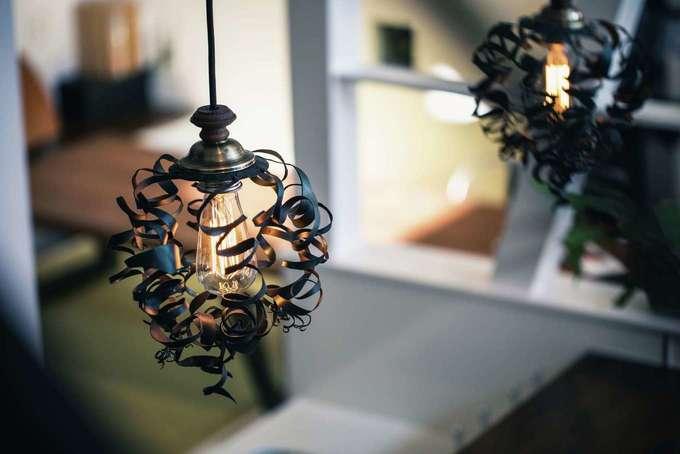 tonokEn|『tonokEn』オリジナルのアイアン照明。好みのテイストに鉄を加工し、オンリーワン仕様に仕上げてくれる