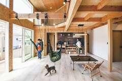 アウトドア好き夫婦が叶えた 健やかで快適すぎる木の家