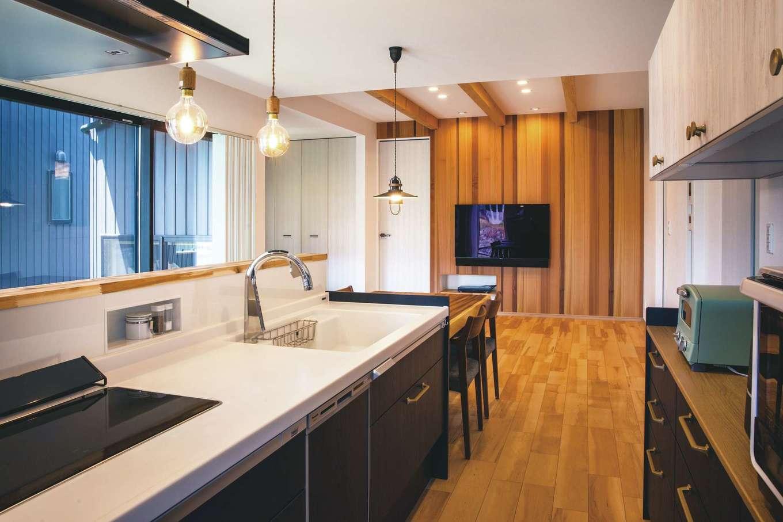 丸洋建設 ハウスオブハウス【子育て、趣味、インテリア】眺めのいいキッチン