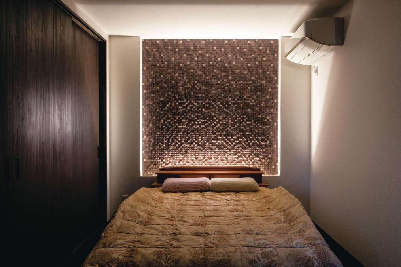 未来創建【デザイン住宅、省エネ、ガレージ】ラグジュアリーな雰囲気を演出し、くつろぎ感を極めた主寝室
