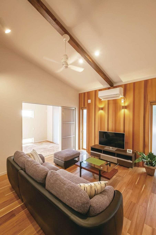 ぽっくハウス【芦工匠】【1000万円台、狭小住宅、平屋】木の質感とモダンを重ね合わせたウッドモダンスタイルが同社の特徴。壁の一面は標準でウッドパネルを採用できるので、追加料金を気にせずぬくもりをプラスできる