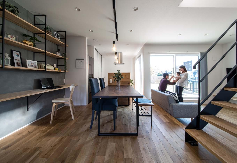 S.CONNECT(エスコネクト)【デザイン住宅、建築家、省エネ】N夫妻たっての希望で、ゆったり広くとったLDKは、洗練されたギャラリーのようにおしゃれでかっこいい
