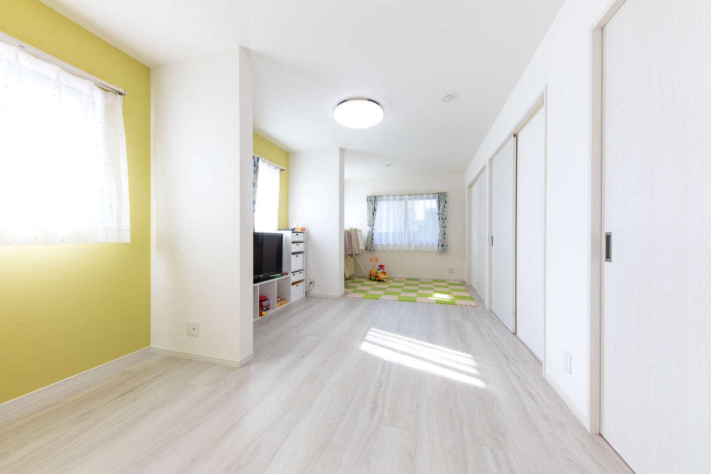 建築システム(狭小住宅専門店)【収納力、狭小住宅、間取り】1階は現在12畳の広い部屋がひとつ。将来は3つの子ども部屋に仕切ることができる。子どもが独立した後もフレキシブルに使える空間