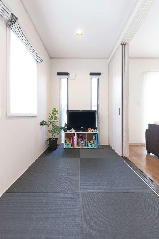 東海ハウス【デザイン住宅、1000万円台、間取り】和室は将来の暮らし方の変化も想定して準備した。畳は雰囲気に合わせモダンなカラーをセレクト