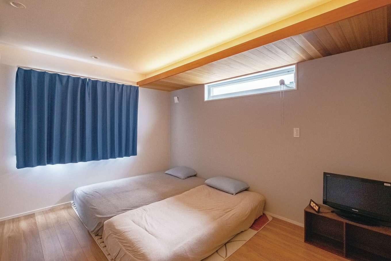 寝室は間接照明でリラックスできる安らぎの空間に