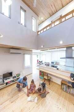 広々LDKは子どもたちにとっても心地いい空間