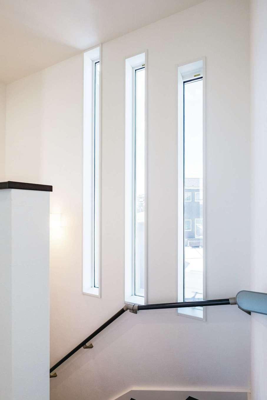 アフターホーム【1000万円台、デザイン住宅、趣味】リズミカルに配置したスリット窓