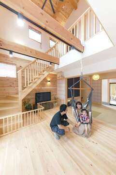 無垢・無塗装の木が呼吸する、いまどき和スタイルの家