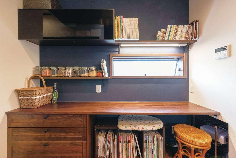 静鉄ホームズ【子育て、和風、趣味】キッチン奥のカウンターは奥さまのくつろぎスペース