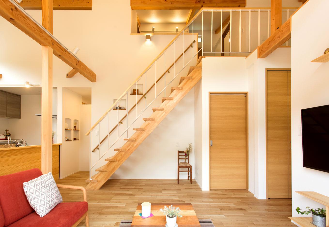 くらはし建築【収納力、省エネ、間取り】リビング階段下の大きなスペースも収納に活用する予定。散らかりにくく、掃除しやすい収納計画を実践する