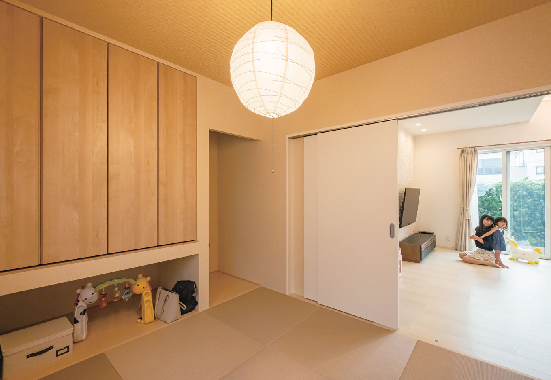 橋本組 ~つむぐ家~【省エネ、間取り、デザイン住宅】モデルハウスを参考にした和室。ご主人の希望で市松模様にした畳でモダンな空間に仕上げた
