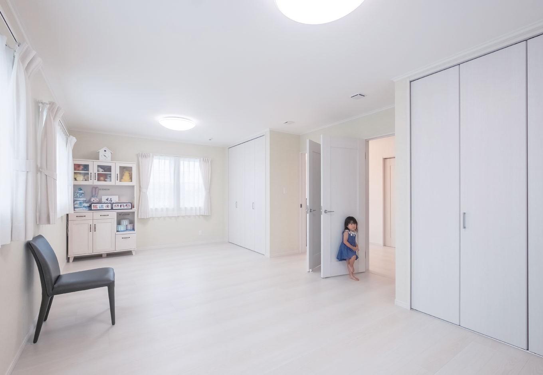 橋本組 ~つむぐ家~【省エネ、間取り、デザイン住宅】子ども部屋も白を基調にシンプルに。将来は2分割も可能な間取りに